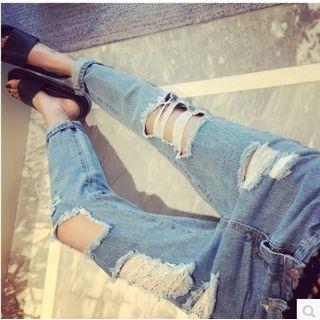 Oaksa - Distressed Washed Jeans