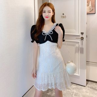 Petit Lace(プチレース) - Short-Sleeve Lace-Panel Sequined Dress