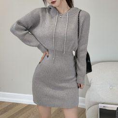 Rerise - Mini Sheath Knit Hoodie Dress