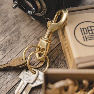 Maden - Brass Keyholder
