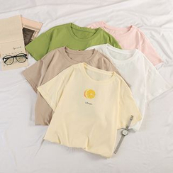 Zhanbara - Short-Sleeve Fruit Print T-Shirt