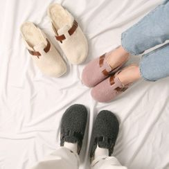 Wifky - COUPLE Belted Dumble Clog Sandals