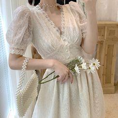 KOHIN - Short-Sleeve Midi A-Line Lace Dress