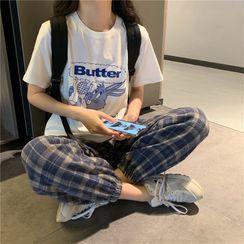 Whoosh - Printed Short-Sleeve T-Shirt / Plaid Pants