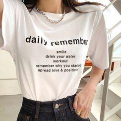 DEEPNY - Letter Short-Sleeve T-Shirt