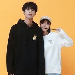 ATee Store - Couple Matching Dog Embroidered Hoodie / Embroidered Pullover