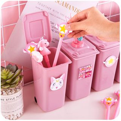 Momoi - Litter Bin Style Pen Holder