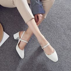 JY Shoes - Pointed Block Heel Sandals