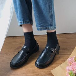 COCUNA - Belted Loafers