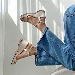 MONOBARBI - Square-Toe Strappy Wedge Sandals