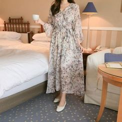 Tangihouse - Bell-Sleeve Floral Midi Chiffon Dress