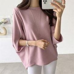 PIPPIN - Dolman-Sleeve Textured Top