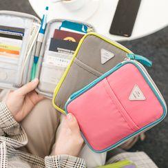 Bandify - Travel Passport Pouch