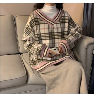 Whoosh - Turtleneck Long-Sleeve T-Shirt / Plaid V-Neck Sweatshirt