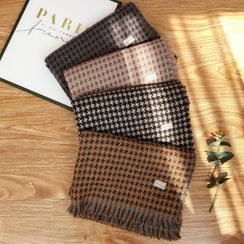 Passiflora - Houndstooth Fringed Scarf