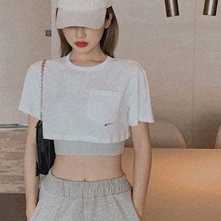 Windflower - Short-Sleeve Cropped T-Shirt / Sports Bra