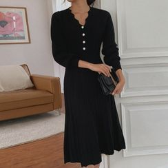Cherryville - Button-Front Pleated Knit Dress