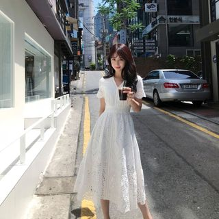 Mori Aforet - Eyelet Lace Short-Sleeve Midi A-Line Dress