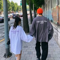 LIPHOP - Couple ''POSE LIPHOP'' Extra Long-Sleeve T-Shirt