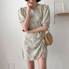 MERONGSHOP - Puff-Sleeve Shirred Patterned Minidress