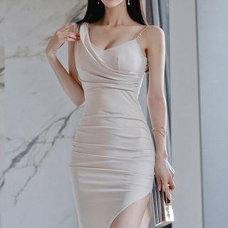Shacos - Chain Strap Asymmetric Evening Dress