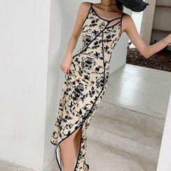 Kevina - Spaghetti Strap Floral Print Dress