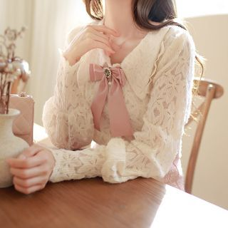 MyFiona - Bishop-Sleeve Lace Blouse with Brooch