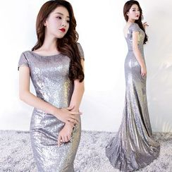 Sennyo - Sequined Short Sleeve Evening Gown