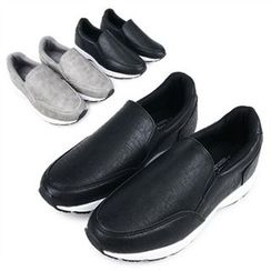 THE COVER - Faux-Leather Slip-Ons