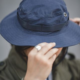 Maden - Bucket Hat With Drawstring