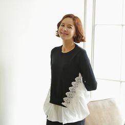 Lemite - Lace-Trim Contrast-Panel Shirred Knit Top