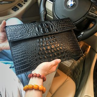 BagBuzz - Croc Grain Faux Leather Clutch