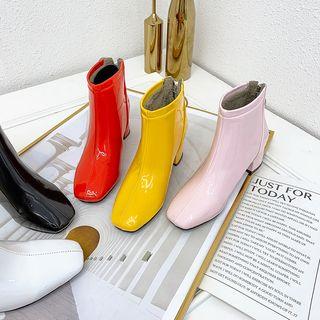 Kireina - Square-Toe Block Heel Short Boots