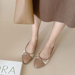 錦洋鞋業 - 蝴蝶結蓋頭平跟鞋
