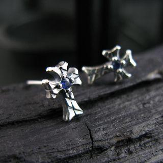 Sterlingworth - Engraved Sterling Silver Cross Ear Stud - Blue Sapphire (Single)