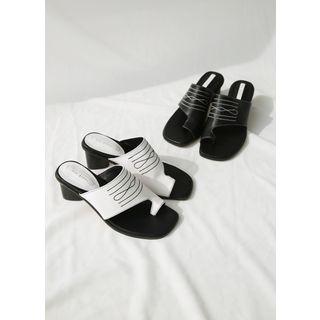 Styleonme - Toe-Loop Stitched Slide Sandals
