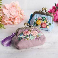 candycross - Clipframe Coin Purse DIY Embroidery Kit