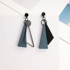Joodii - 三角木制不对称流苏耳环
