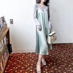 GILLY - 無袖純色連衣裙