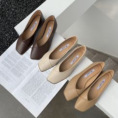 ELFISH - Square-Toe Flats