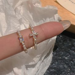 Studio Nana - Rhinestone Faux Pearl Ring (various designs)