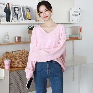 Seoul Fashion(ソウルファッション) - V-Neck Bouclé Sweater