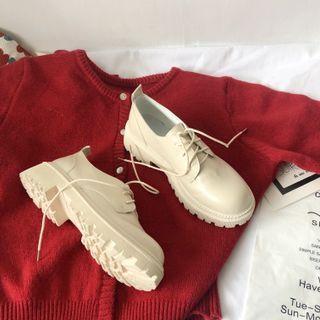 Stevvi - Faux Leather Platform Lace-Up Shoes