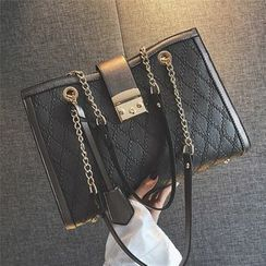 Nautilus Bags - Quilted Chain Detail Shoulder Bag