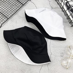 Cap Station - Reversible Bucket Hat
