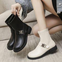 Miloko - Buckled Short Boots