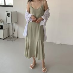 Seoul Fashion(ソウルファッション) - Ruffled Chiffon Long Slipdress