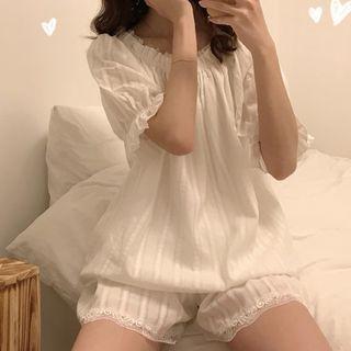 Moon City - Set: Short-Sleeve Lace Trim Pajama Top + Shorts