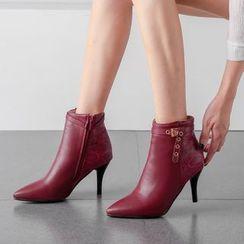 Cinnabelle - 尖头高跟鞋饰扣褶皱及踝靴
