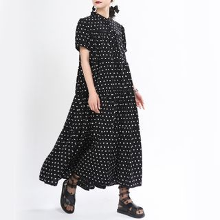Ultra Modern - Dotted Short-Sleeve Maxi Shift Dress